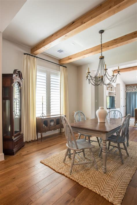 Country Dining Room With Natural Fiber Rug | HGTV