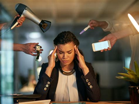 Tips For Dealing With Distractions at Work