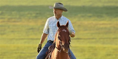 Watch Ladd Drummond Gather Cattle on The Pioneer Woman's Ranch