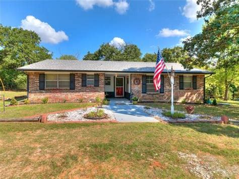 19 Homes for Sale in Mcloud, OK | Mcloud Real Estate - Movoto