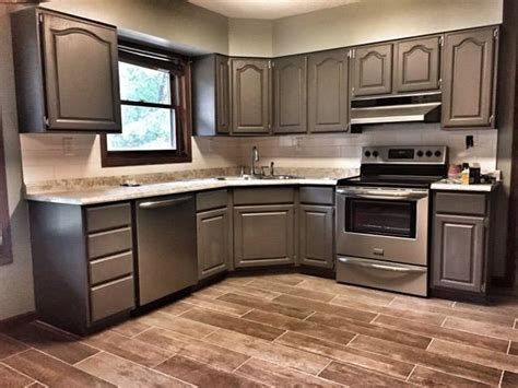 Kitchen Makeover with Driftwood | General Finishes Design