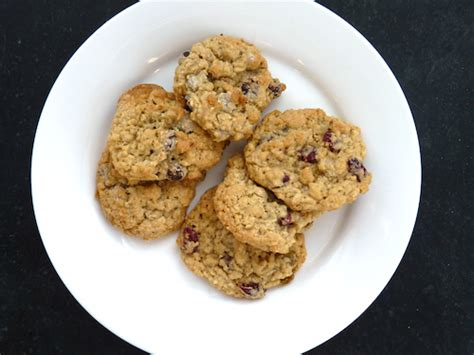 Oatmeal chocolate chip (or cranberry-raisin) cookies